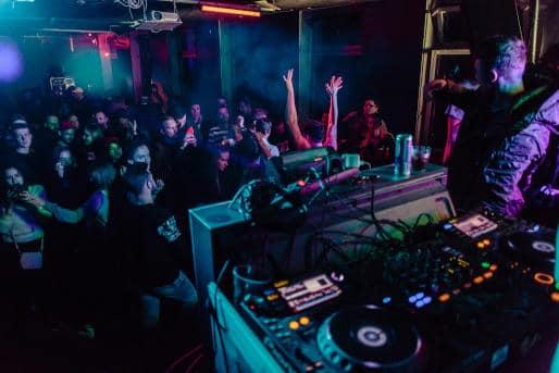 Nachtclub Party feiern